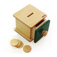 "Коробочка с ""монетками"" (5 ""монеток"" деревянных)"